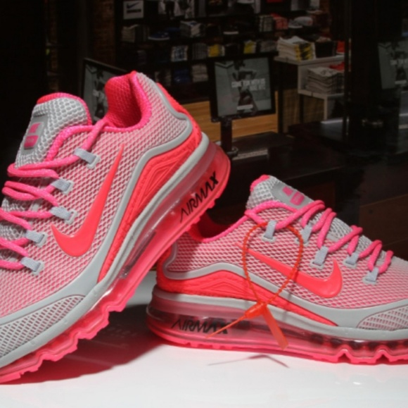 the latest 7b5c6 2366f Women's Nike Air Max 2018